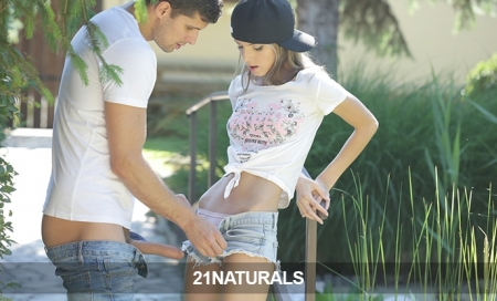 21Naturals:  30Day Pass Just 9.95!