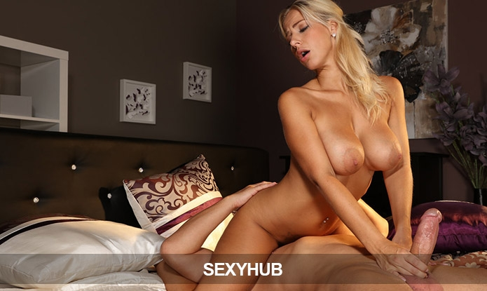 Adult Deal - Sexyhub Network: 50% Lifetime Discount!